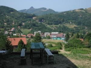 Ostrovica iz planinarske kuće